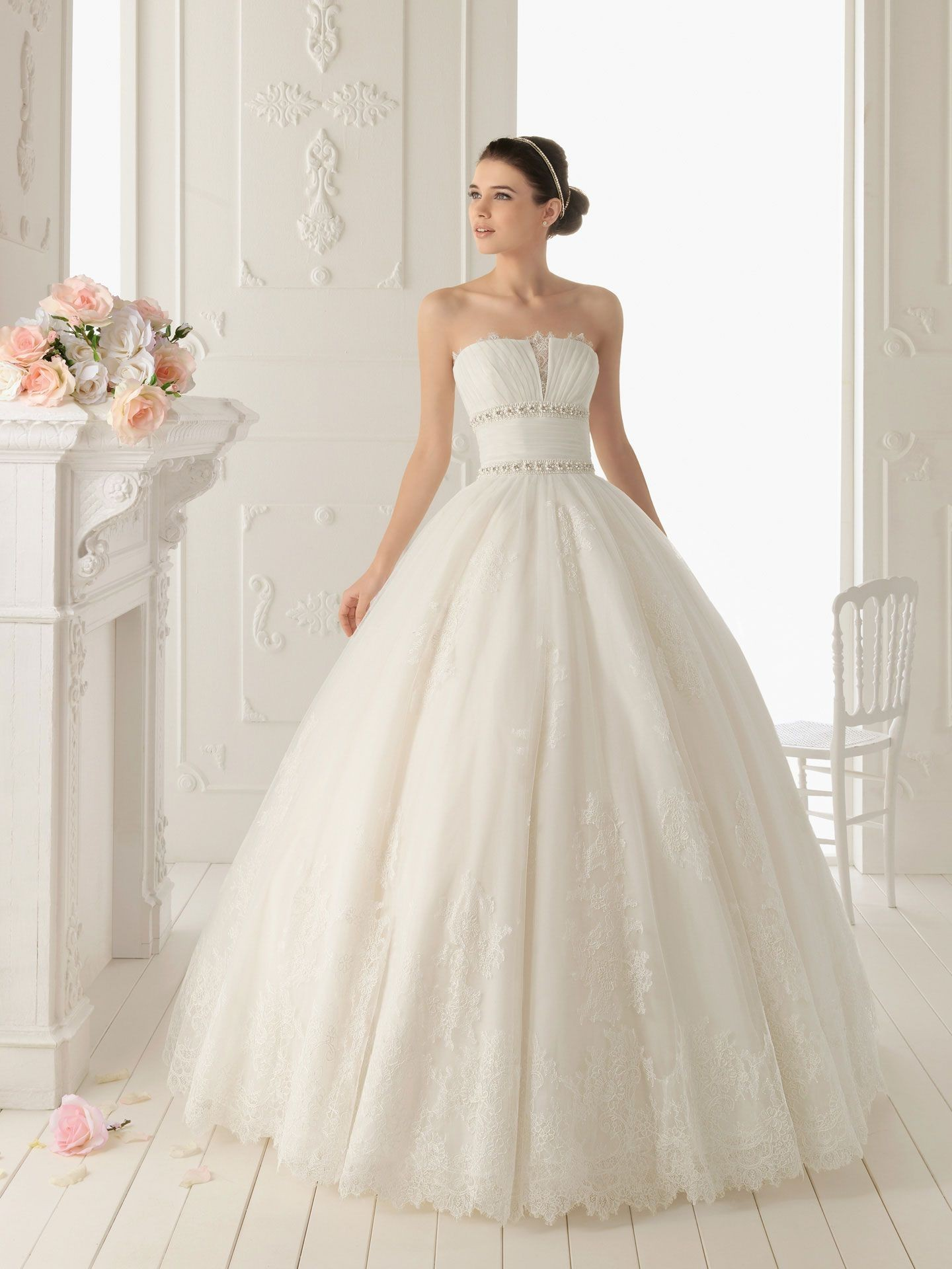 The Silhouettes of Wedding Dresses: How to Choose a Dress by Your ...
