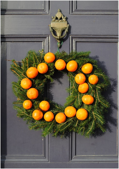 A Wreath with Tangerines