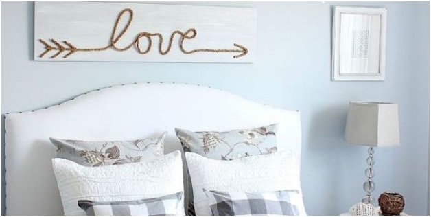 A Rope Word Décor