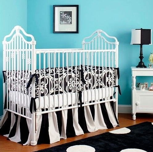 Black & White Accents in a Baby Room