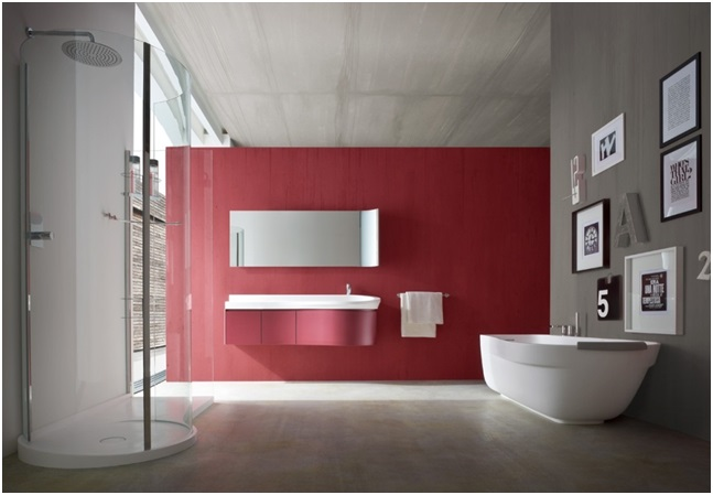 Contrastive Wall in Bathroom