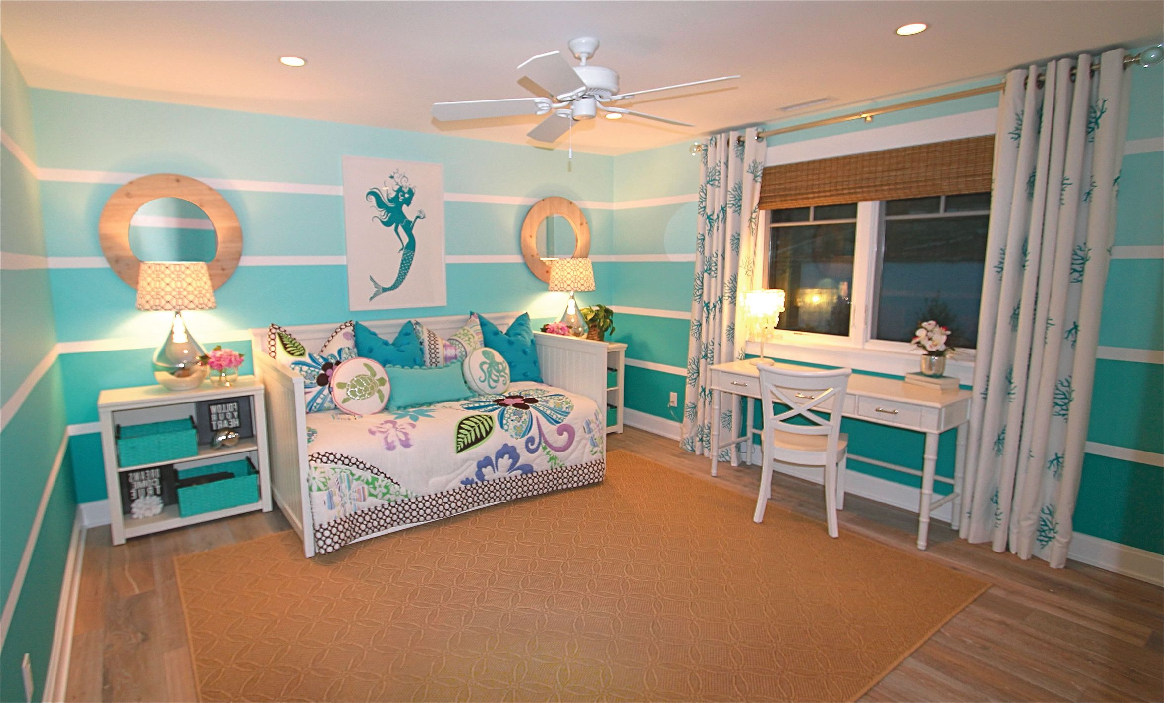 marvelous beach themed bedrooms | 17 Marvelous Nautical Wall Decor Ideas | PrintMePoster.com ...