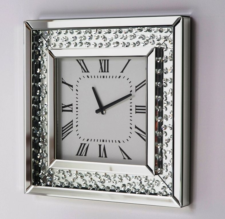 Luxurious Mirror Clock with Crystals